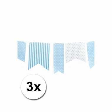 3 lichtblauwe vlaggenlijnen met stippen 3,6 m