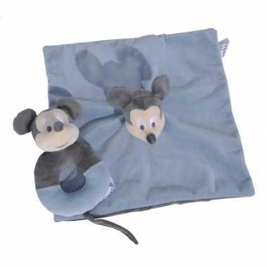 Blauwe disney rammelaar met tuttel knuffeldoekje mickey mouse