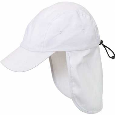 Kindercap/babypetje wit met nek bescherming