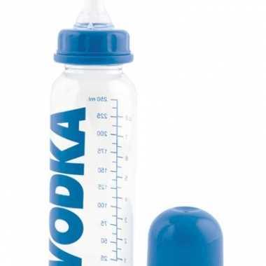 Vodka drinkfles voor babys 15 x 8 cm