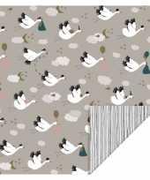 2x rollen inpakpapier cadeaupapier geboorte ooievaar thema 200 x 70 cm