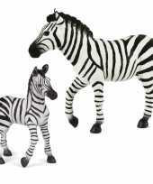 Plastic speelgoed dieren figuren setje zebra familie van moeder en kind